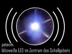 patent. blitzweiße LED im Zentrum des Schallgebers
